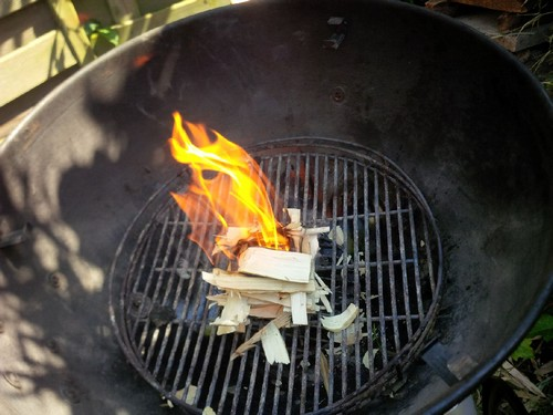 In brand steken en de kolen er op!