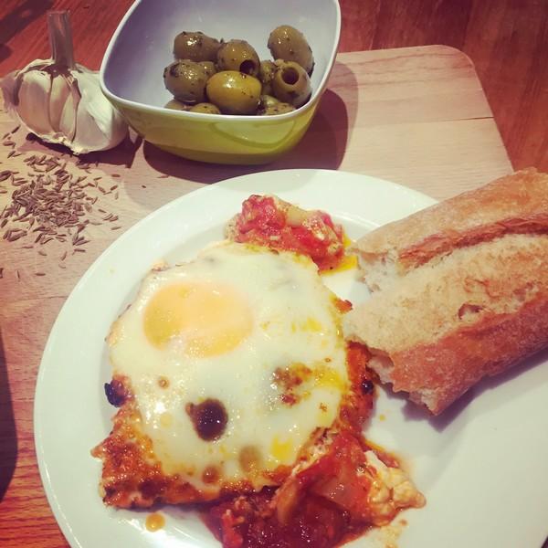gebakken-feta-met-olijven-en-eieren-2