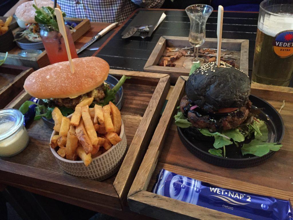 burgersandbooze-burgers