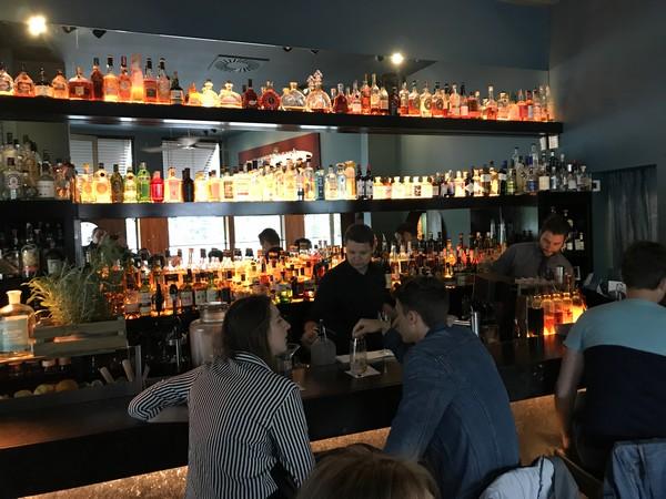 sips cocktailbar